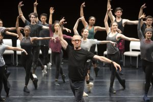 """BFA Students with William Forsythe at """"Focus Forsythe: The Choreographer's Process"""". Photo by Rose Eichenbaum"""