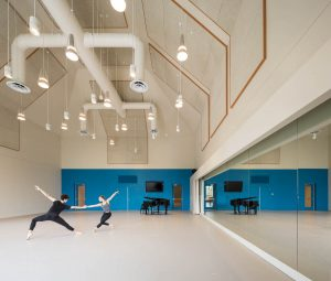 GKIDC, Turquoise Studio. Photo by Ema Peter