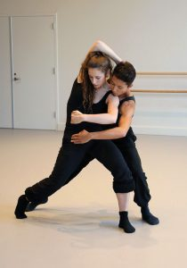 Student Jane Zogbi with Hubbard Street Dance's Issac Aoki in rehearsal at USC Kaufman. Photo by Celine Kiner