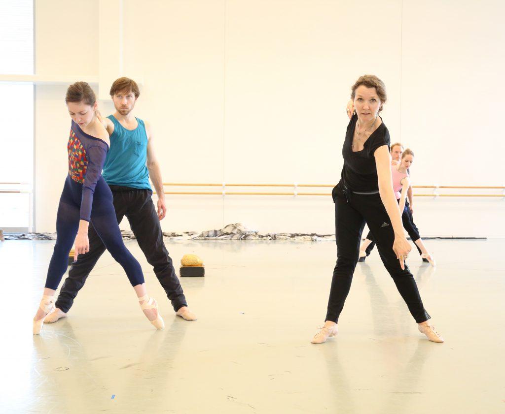 Fiona Lummis and Houston Ballet Dancers. Photo by Raven Nielsen