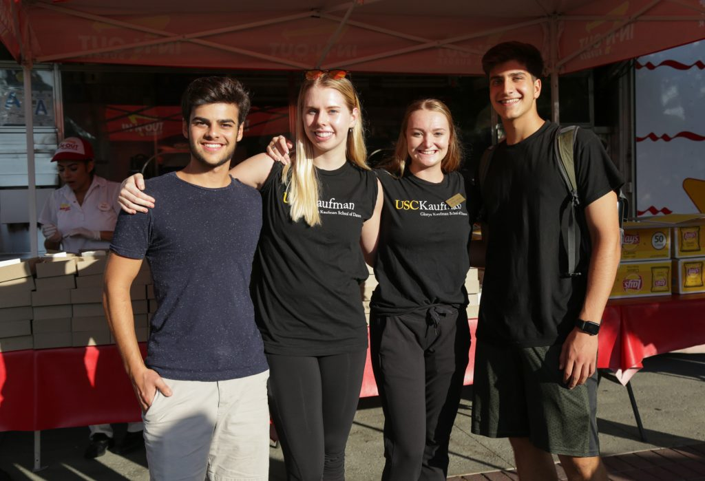 Students pose for a photo at the Fall 2018 OPEN FLOOR event.