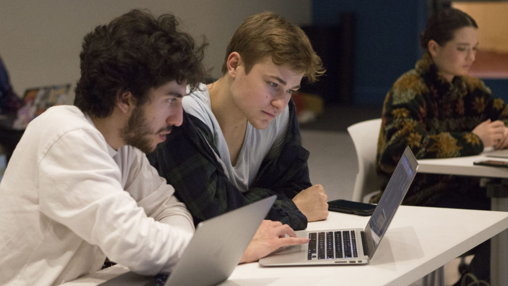 Students in class in KDC 220
