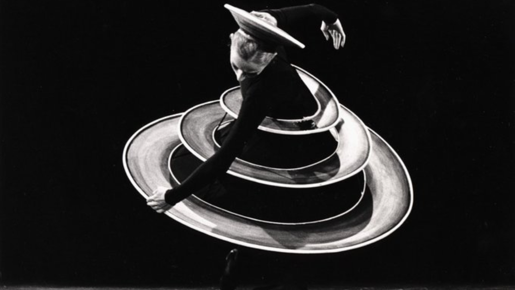 black and white photo of Schlemmer costume