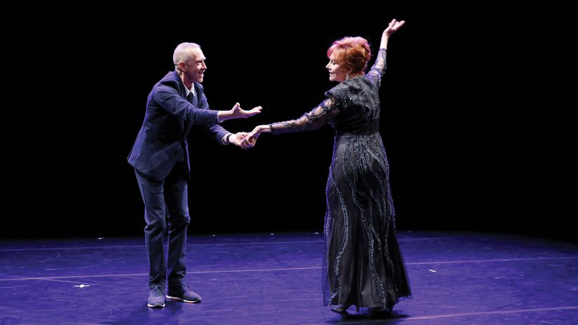 William Forsythe dances with Glorya Kaufman at a USC Kaufman performance space